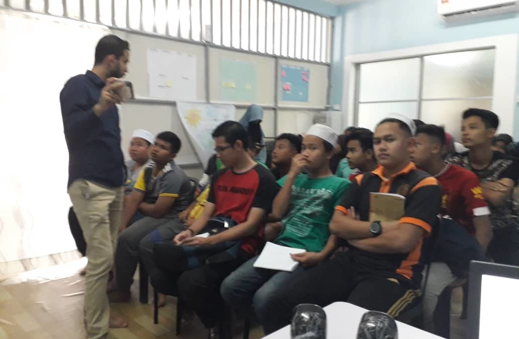 English and Arabic Speaking Courses